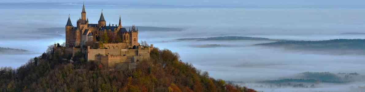 Burg Hohenzollern Im Herbst; ©JRG/fotolia